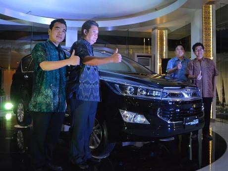 Toyota Luncurkan Kijang Innova di NTB