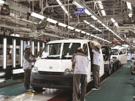 Ekonomi Lemah, Daihatsu Tahan Target Penjualan