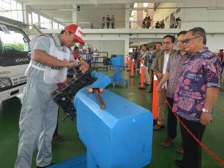 Yayasan Dharma Bhakti Astra Gelar Kontes Mekanik Bengkel Binaan