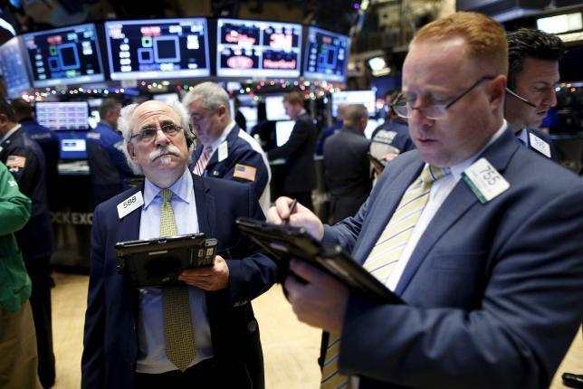 Wall Street Rebound di Tengah Jatuhnya Harga Minyak