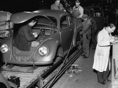 Intip Produksi VW Beetle 70 Tahun Lalu