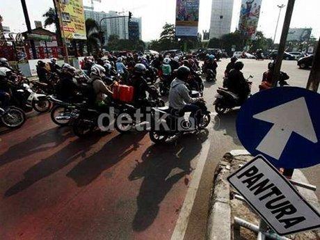 Tahun 2015, Tahun Kelabu Transportasi Publik di Indonesia