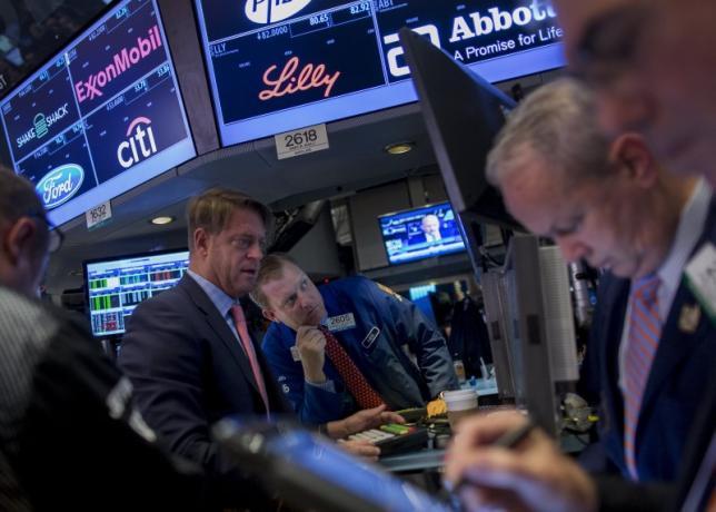 Wall Street Terjun Bebas di Awal 2016