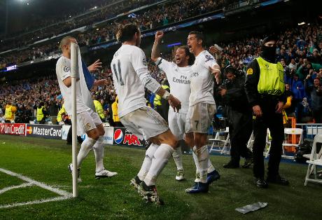Hat-trick Ronaldo Bangkitkan Madrid untuk Lewati Wolfsburg
