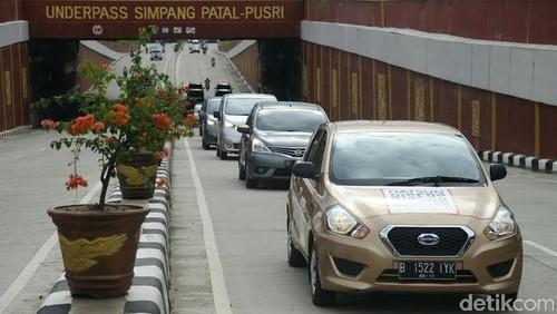 Ingat, Mobil LCGC Pakai Premium dan Rusak, Garansi Gugur!