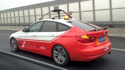 China Larang Pengujian Mobil Otonom di Jalan Raya
