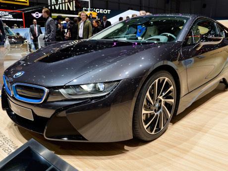 Tertarik dengan i8, Pemerintah Bakal Gandeng BMW Buat Stasiun Pengecasan?