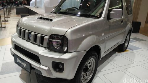 Suzuki Bernostalgia dengan Jimny