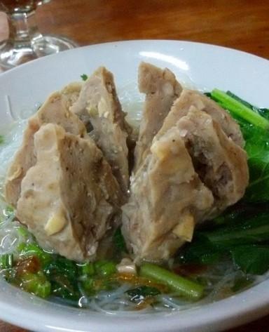 30 Rekomendasi Tempat Makan Bakso Enak