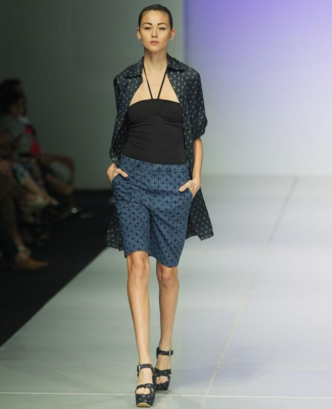 The Spotlight 50 Inspirasi Batik Modern