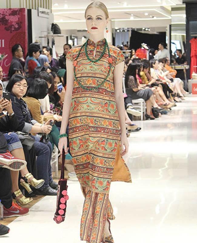 Kerah Cheongsam