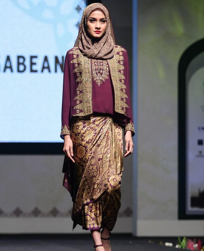 Ethnic Hijabi