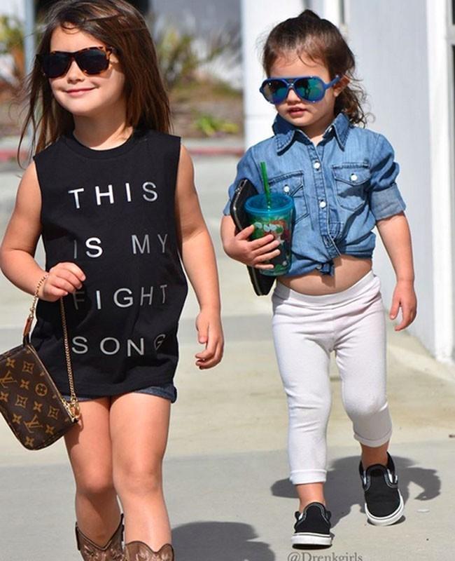 Isabella dan Scarlett