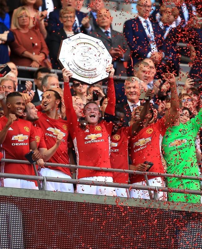Mourinho Mengawali dengan Piala