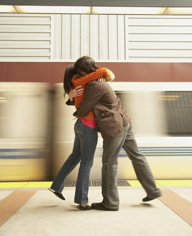 Ekspresikan Rasa Cinta Kepada Pasangan