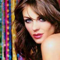 Elizabeth Hurley Jadi Bintang Bollywood