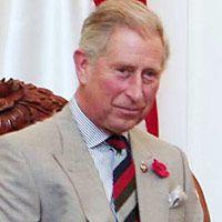 Sambangi Ponpes Ali Maksum, Pangeran Charles Disambut Ratusan Santri