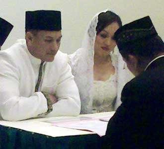 Pernikahan Adjie-Angie