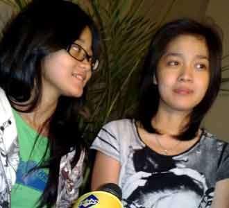 Gracia Indri Ditemani Adik