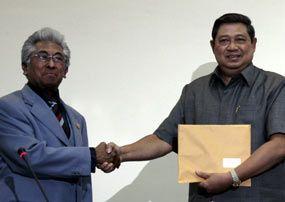 Buyung: SBY Terbelenggu Oleh Image Building