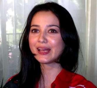 Julie Estelle Ingin Gemukkan Badan