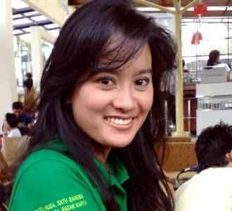 Marcella Zalianty di Organisasi Pemuda