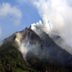 Gunung Sinabung Meletus, Pengungsi Capai 18 Ribu Jiwa