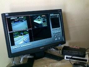 Pantau Macet di Jomin, Polisi Pasang CCTV