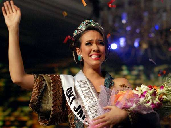 Nadine Alexandra, Si Puteri Indonesia 2010