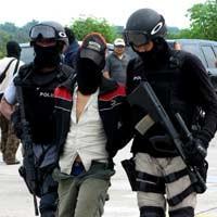 Petugas Kebersihan Gudang Senjata Polri Akui Bungkus Peluru Teroris