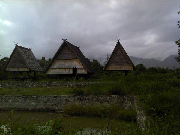 Rumah khas Lembah Bada