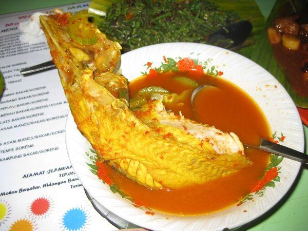 Sayur Asam Pedas Kepala Ikan Baung