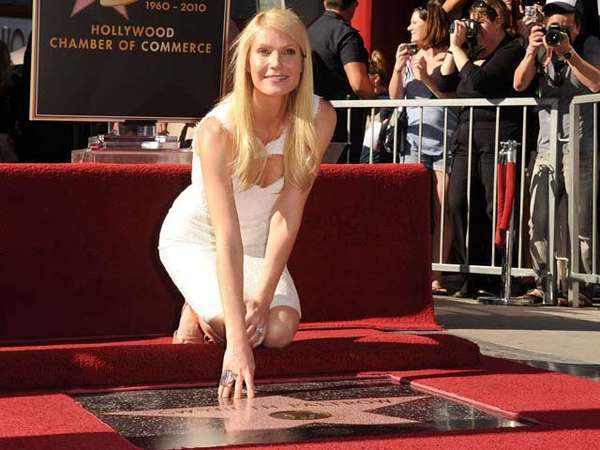 Gwyneth Paltrow Raih Hollywood Walk Of Fame