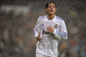 Oezil: Madrid Klub Terbesar di Dunia
