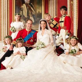 Ini Dia Foto Resmi Pernikahan Pangeran William dan Kate Middleton