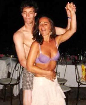 Beredar! Foto Nakal Pippa Middleton dengan Pria Setengah Bugil