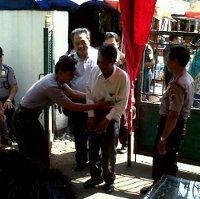 Polisi Amankan Pisau Lipat di Sidang Vonis Rusuh Temanggung