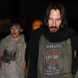 Keanu Reeves Mulai Berkencan Lagi