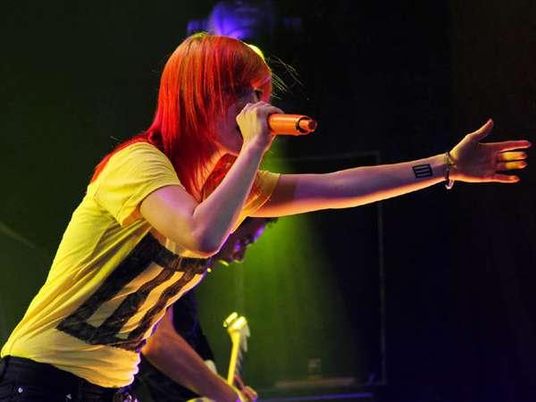 Konser Paramore Penuh Energi di Bali