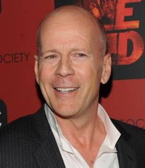 Bruce Willis Khawatirkan Pernikahan Demi Moore