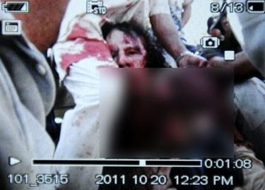 Foto Mayat Khadafi Beredar Pasca Penembakan