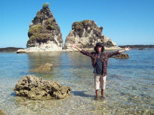 Narsis dikit di Pantai Tanjung Layar