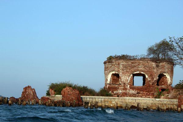 Pulau Kelor dan Benteng Martello, Sisa Peninggalan VOC