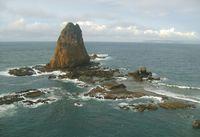 Terjang Ombak Menuju Tanjung Papuma dan Pulau Nusa Barong
