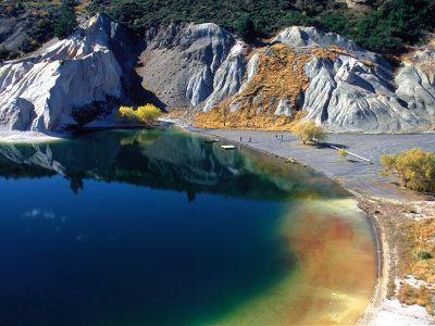 Danau Paling Jernih Di Dunia http://www.jadigitu.com/2012/11/blue-lake-danau-dengan-air-paling.html