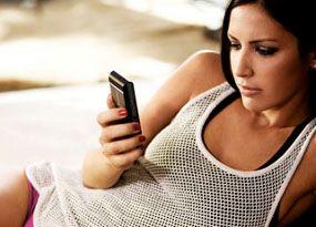 6 Kiat Melawan Kecanduan Ponsel