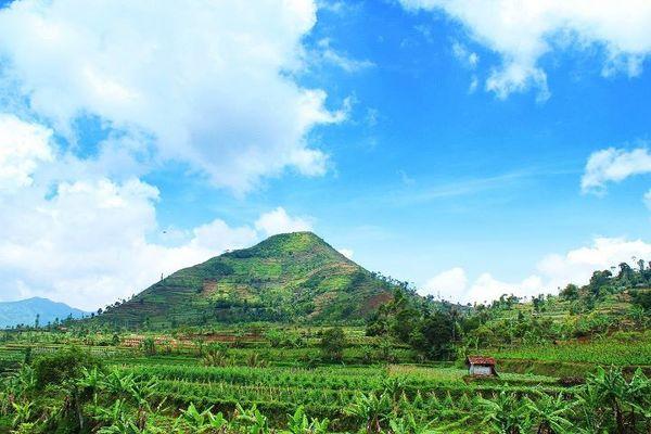 Gunung Sadahurip