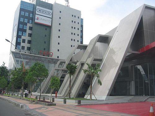 Pedestrian di Surabaya (skyscrapercity.com)