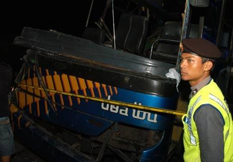 9 Jam Setelah Kecelakaan Maut, Cisarua Arah Jakarta Macet Total