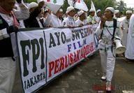 FPI: Demokrat Koruptor!